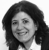 Lucia Flores B.